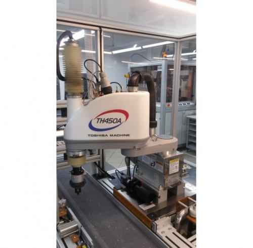 Robotski sustav u uređaju za automatsku obradu keramičkih komponenata
